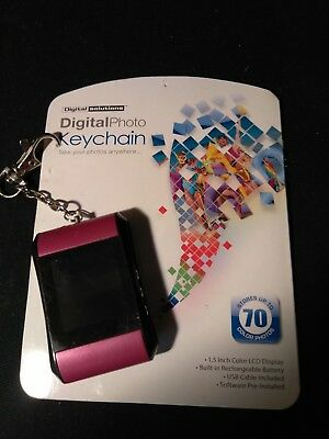 "DIGITAL PHOTO KEYCHAIN DIGITAL SOLUTIONS Stores Up To 70 Photos, 1.5"" LCD"