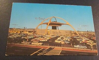 Postcard..<Commercial Jet Aircraft>LOS ANGELES INTERNATIONAL AIRPORT-<CALIF.>