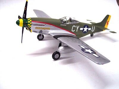 "Franklin Mint Collection Armour P-51 Mustang D ""Gunfighter"" Diecast 1:48"