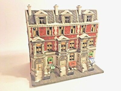 Department 56 Christmas in the City Sutton Place Brownstones Retired Lighted