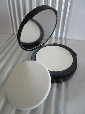 It Cosmetics Bye Bye Pores Finishing Powder Translucent See Details Inv # 11S21
