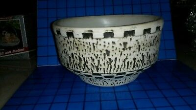 """Rare HEKLA Pottery Large Lava Bowl Made in Holland 8 1/2"""" w x 5"""" h"""