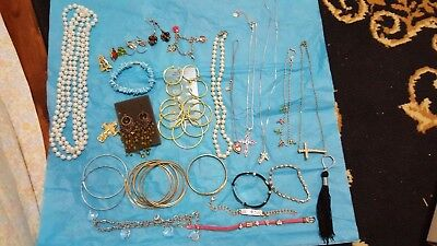 Lot of 20  women accessories  necklaces. & bracelet and rings