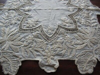 Antique Embroidered Silk & Lace Handkerchief Bridal/Wedding Hanky