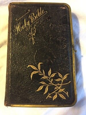 Very Unique Antique Bible Eyre and Spottiswoode London Embossed With Sea Shells!
