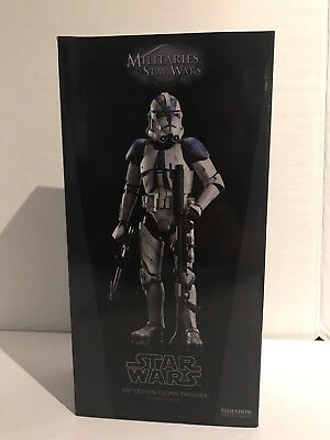 Sideshow Collectibles Star Wars 501st Legion Clone Trooper 1/6 Scale Figure