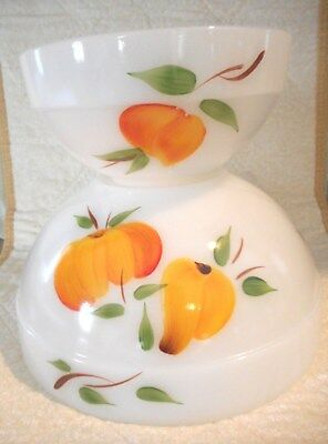 Anchor Hocking Fire King Gay Fad Mixing/Nesting Bowls Fruit Pattern