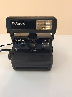 Polaroid Instant One Step Close Up 600 Film Camera Working