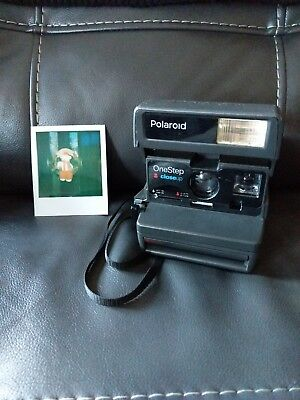Polaroid One Step Close-Up 600 Instant Camera - Tested and Working