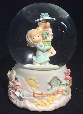 Precious Moments 2001 Musical Snow Globe Jingle Bells