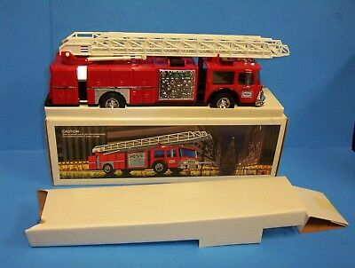 1986 Hess Fire Truck Bank New in Box