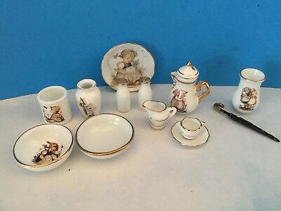 Mixed Lot Reutter Porcelain M I Hummel Miniatures (12)