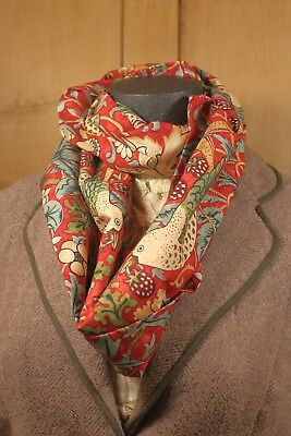 William Morris Strawberry Thief Infinity Scarf Red