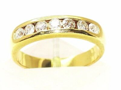 An outstanding elegant & beautiful Ladies Vintage 18ct Gold & Diamond Band Ring