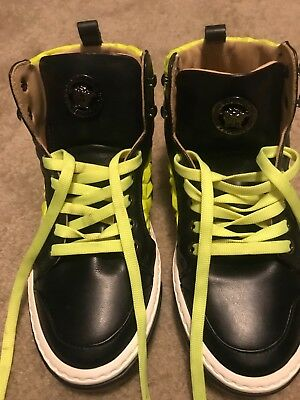 young versace  lime green and black size 34...... size 3.5 only worn once