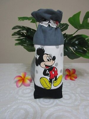 Insulated baby bottle holder-Mickey mouse-Fits all baby bottle sizes.