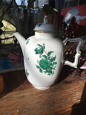Porcelain Vintage collectable Tea pot with lid, made in Austria