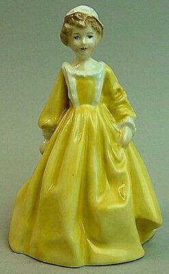 A Royal Worcester Fine Porcelain Figure Little Grandmother By Doughty
