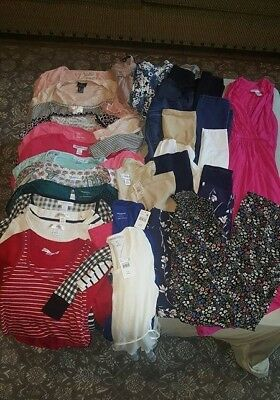 Maternity 27 pcs LOT Small/Medium  Motherhood Jessica Simpson Old Navy