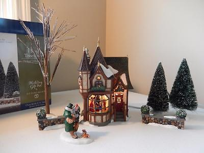 Department 56 - 1 Royal Tree Court Gift Set #56.58506 Animated!