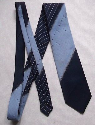 TOOTAL VINTAGE MENS TIE 1970s 1980s NECKTIE MOD NAVY BLUE ABSTRACT STRIPED