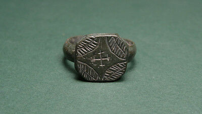 Ancient Bronze Ring With Engraved Cross Christian Byzantine 400-600 Ad