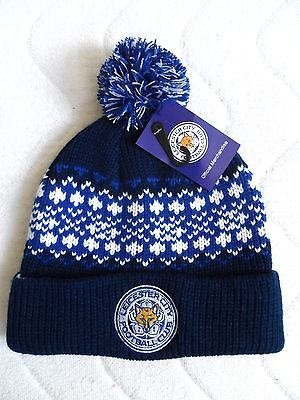 Deluxe LEICESTER CITY OFFICIAL 2017 FOOTBALL CHUNKY BOBBLE BEANIE HAT Soccer Tag