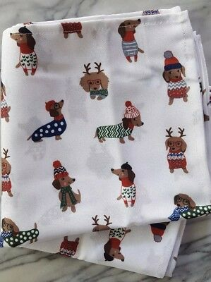 New Set of 4 Cynthia Rowley CHRISTMAS NAPKINS Dachshund Dogs Holiday Sweaters