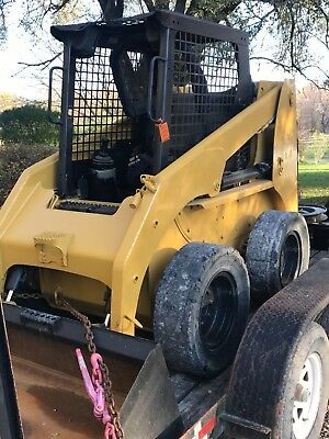 Skid steer loader caterpillar 246 new paint