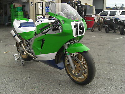 Kawasaki Zxr750 H2 Race Bike P6