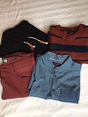 Men's Surf Clothing 4 Item Bundle Blue And Marooon Small Jeans, Jumpers, Shirt