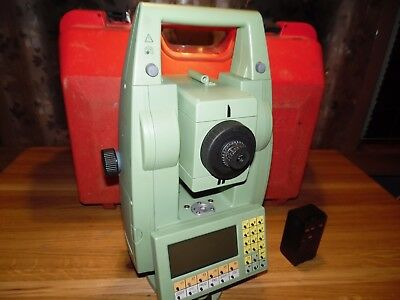 LEICA TC500 TOTAL STATION with 1 battery and case - Removed from Service