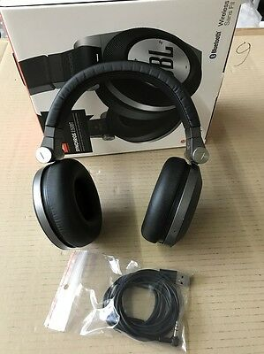 JBL E50 BT Wireless Bluetooth Over-Ear Stereo-Kopfhörer - schwarz