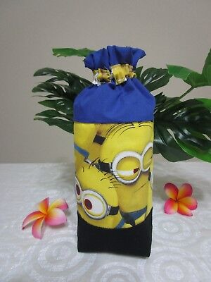 Insulated baby bottle bag-Minions-Fits all baby bottle sizes.