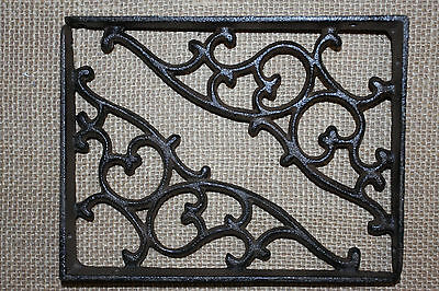 "(2), Vintage-Style Victorian Design Cast Iron Shelf Brackets, Medium,7 1/8"", B-1"