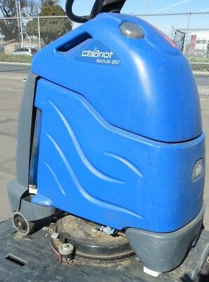 WINDSOR Chariot iScrub 20 Riding Floor Scrubber - RTAuctions**
