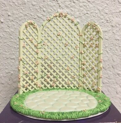 Precious Moments Bridal Party TRELLIS ONLY #831484 Wedding Cake Topper
