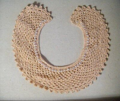 vintage crocheted fabric embroidered pink collar necklace w/faux pearls