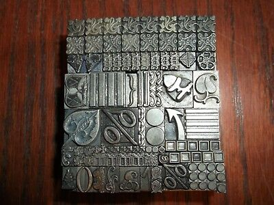 Vintage Lot Of 103 Dingbats Foundry Type Letterpress Printing Dingbat Antique