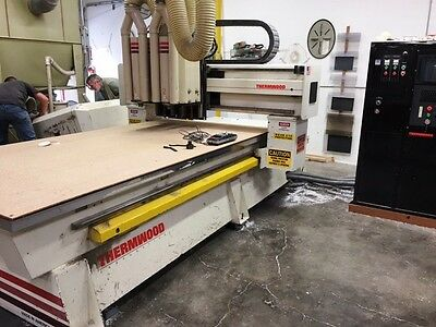 5'x10' Thermwood C-53 3-Axis Cnc Router With 2 Heads