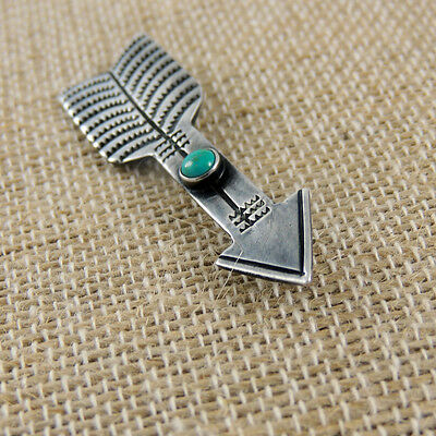 Best Old Navajo Fred Harvey Era Hand Stamped Lovely Natural Turquoise Arrow Pin