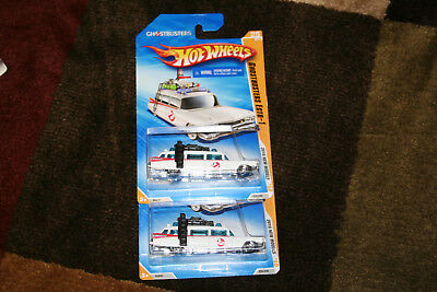 LOT OF 2  Hot Wheels * 2010 NEW MODELS * GHOSTBUSTERS ECTO 1 #25 White