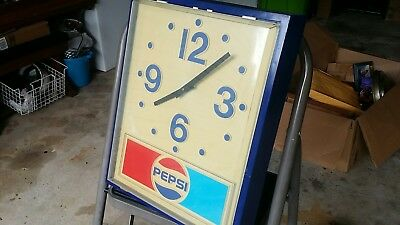 Vintage Pepsi Cola Collectible Pepsi Wall Clock Working