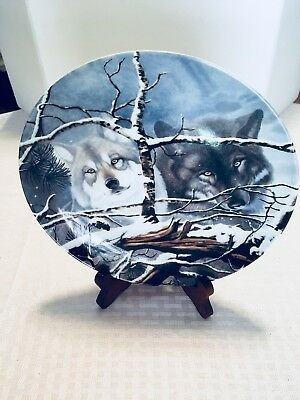WS George collector wolves plate by Daniel Renn Pierce