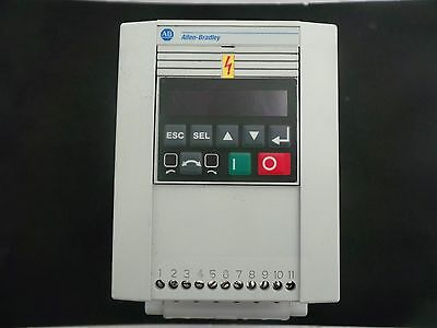 Allen Bradley 160-Ba10Nsf1 Speed Controller Output 10.5A  3.73Kw/5Hp With Ketpad