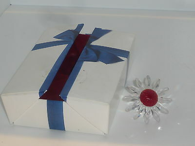 Perfect boxed Swarovski clear white red marguerite daisy flower 2000 SCS 2523712