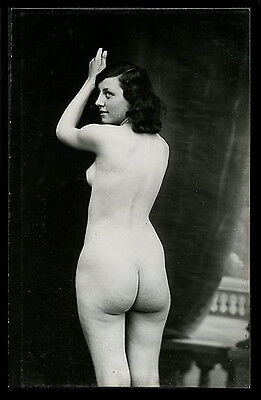 French Youthful NUDE REAR View Derriere Totally NAKED 1920s ~ PARIS Latest