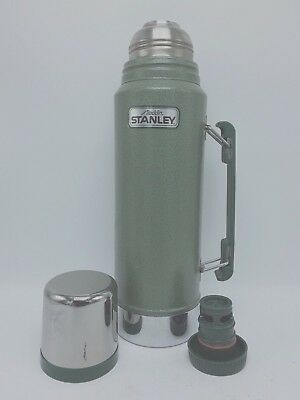 ALADDIN STANLEY GREEN METAL QUART VACUUM BOTTLE THERMOS WITH HANDLE No A-944