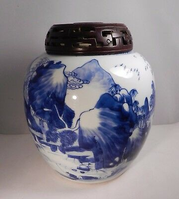 Vintage Hand Painted Chinese Blue & White Porcelain Ginger Jar,carved Wood Lid