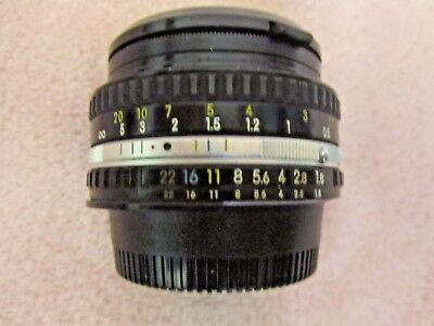 NIKON Manual LENS Series E 50mm 1:1.8 w/Lens Cover & Cap